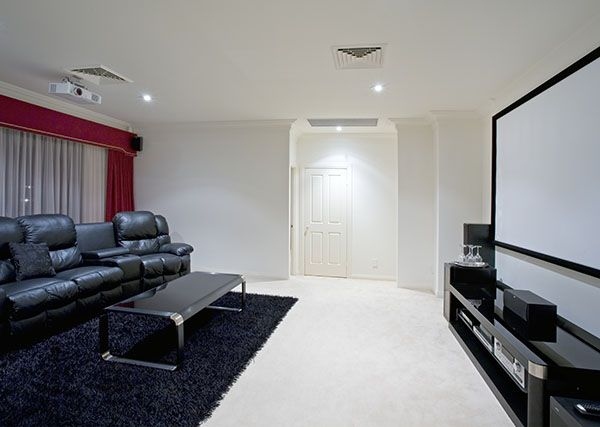 instalar home cinema i especialistas en cine en casa. Black Bedroom Furniture Sets. Home Design Ideas
