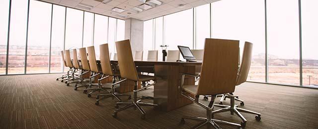 equipamiento de salas de reuniones