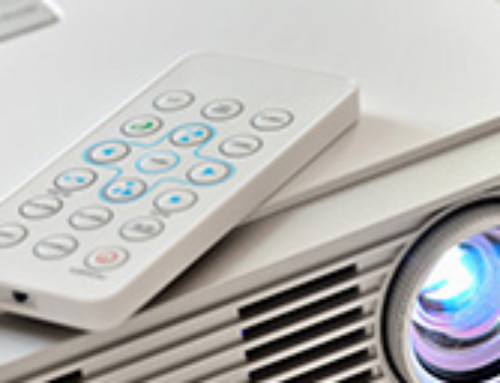 ¿Cómo llevar a cabo un correcto mantenimiento de proyectores de cine?